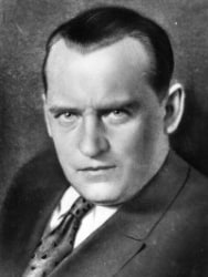 Alexander Alekhine (Dünya Şampiyonu 1927-1935 ve 1937-1947)